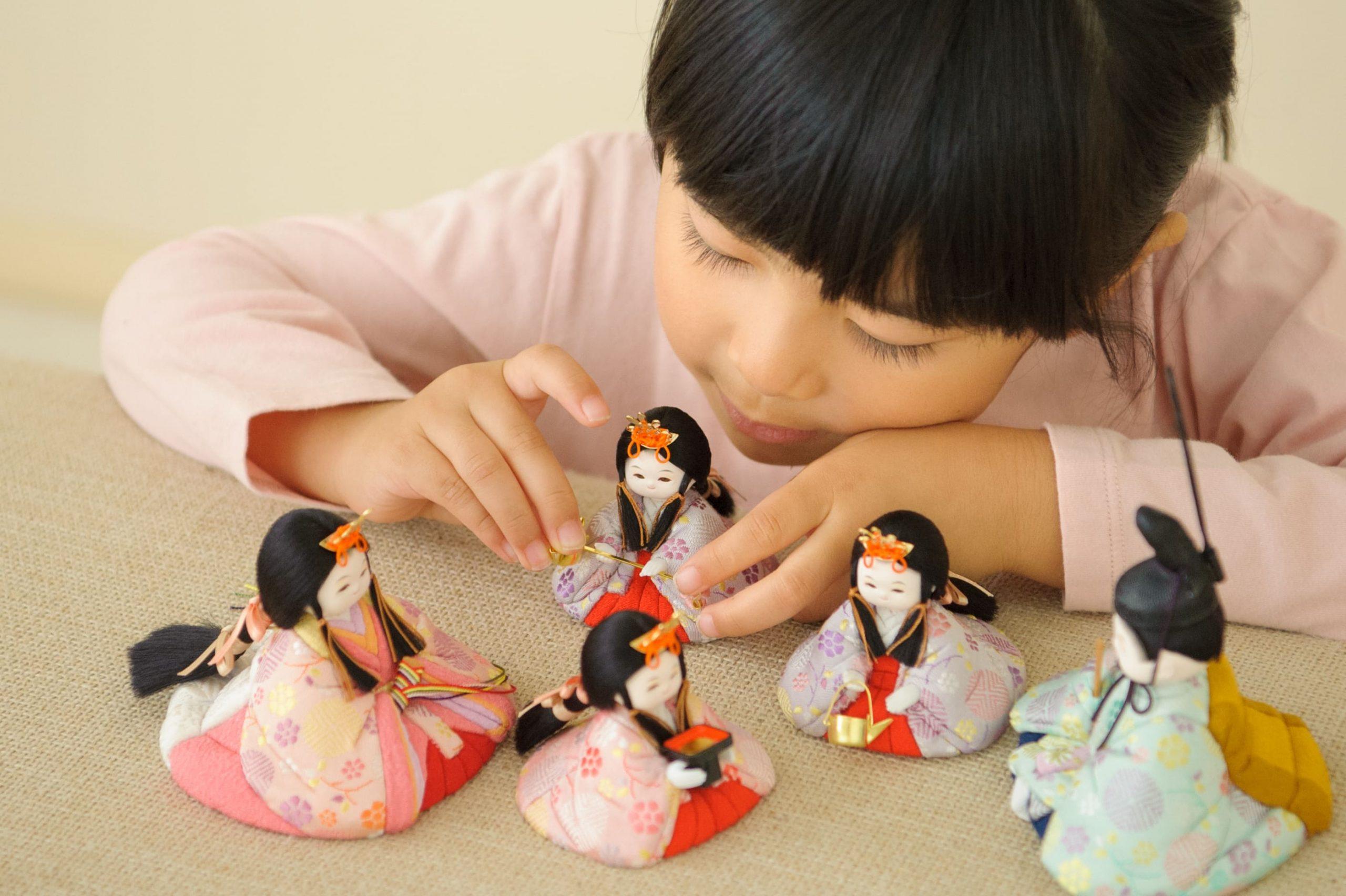 役目を終えた雛人形の処分方法って?雛人形の供養方法3つ