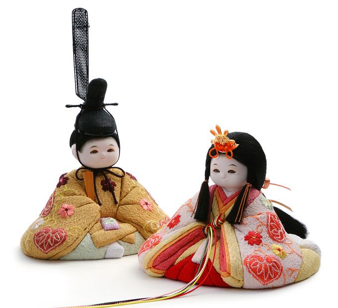 素朴でかわいい「木目込み雛人形」が人気!注目したい特徴や魅力、ふらここのおすすめラインナップをご紹介